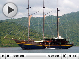 Komodo liveaboard, the WAOW