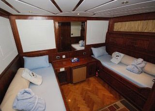 Twin bed cabin on the Red Sea's Emperor Elite liveaboard
