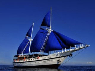 West Papua liveaboard, the Indo Siren, for Raja Ampat diving safaris