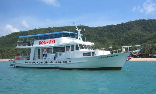 Krabi diving day trip boat