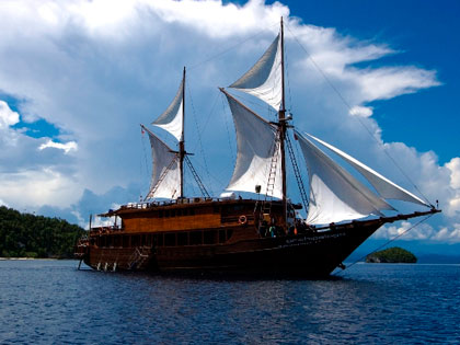 Discover our Banda liveaboard adventure opportunities