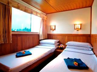 One of the Nautica twin bunk cabins