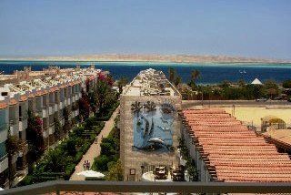 Minamark Beach Resort Hotel in Hurghada, Egypt - photo courtesy of Detlef Sarrazin