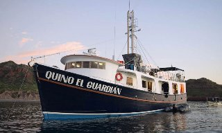 Liveaboard trips in Mexico with Quino El Guardian