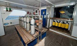 The M/Y Saphir's dive deck