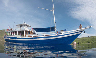 Tatawa for Komodo liveaboard diving charters