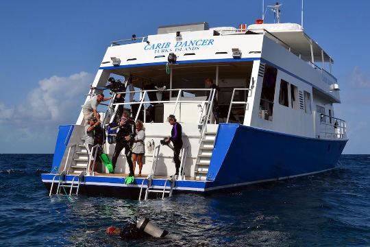 Bahamas Aggressor: Bahamas Liveaboard Diving Trips