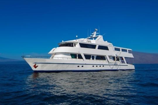 MV Blue Spirit Galapagos