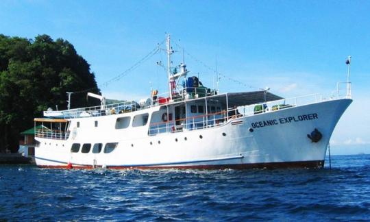 MV Oceanic Explorer