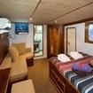 Master cabin on Ocean Hunter III