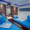 Lower deck twin bed cabin