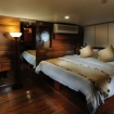 Double bed Stateroom with porthole