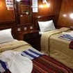 Standard twin cabin on MV Eagle Ray