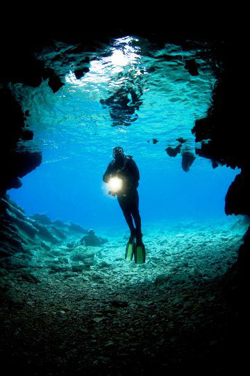 PADI Scuba Diving Courses and Certifications | Dive The World