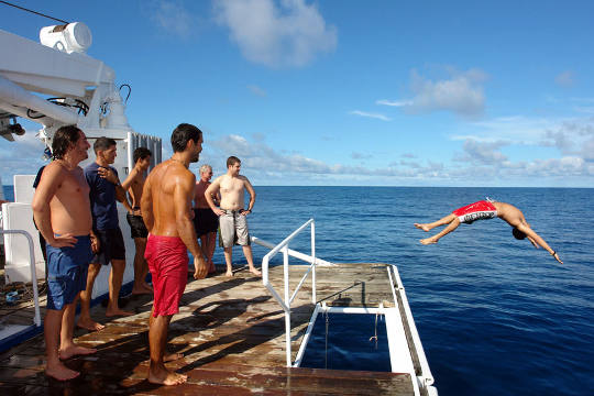 Liveaboard Diving Cruises in Cocos Island, Costa Rica ...