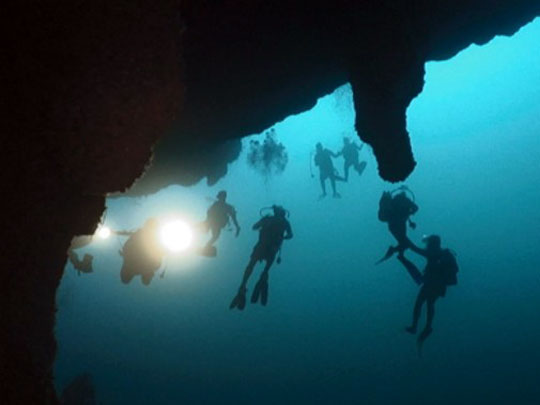 Scuba Diving in Belize: The Blue Hole, Ambergris and ...