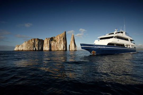 Liveaboard Diving Cruises in Galapagos, Ecuador   Dive The World