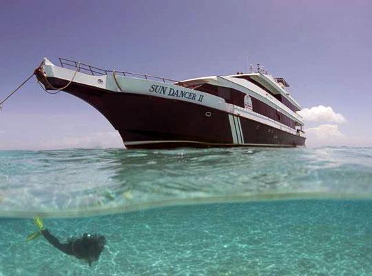 Liveaboard Diving Cruises in Belize | Dive The World Liveaboards