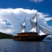 Indonesian liveaboard diving transit trips