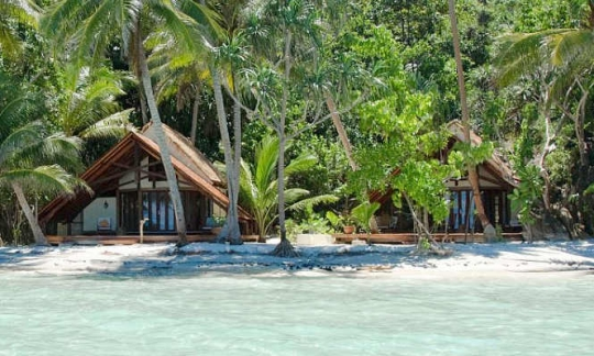 Raja ampat dive resorts accommodation options and travel information for diving vacations in - Raja ampat dive resort ...
