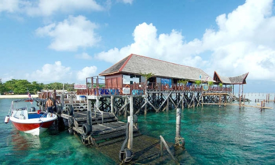 Borneo divers mabul island resort packages malaysia dive the world - Sipadan dive centre ...